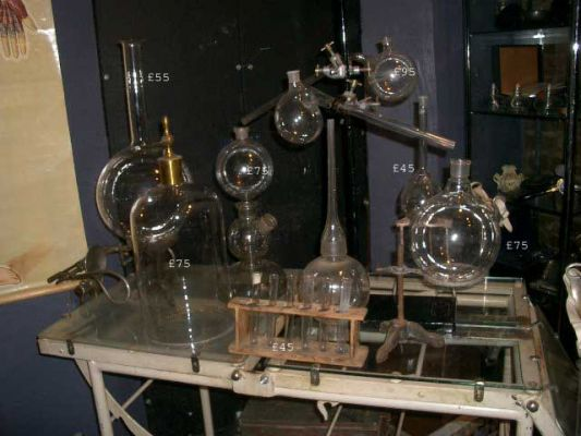 Vintage Science Equipment 68