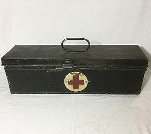 Period Metal Medical Kit - Dressed