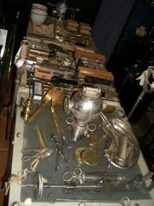 Selection of 19th-20th c medical instruments